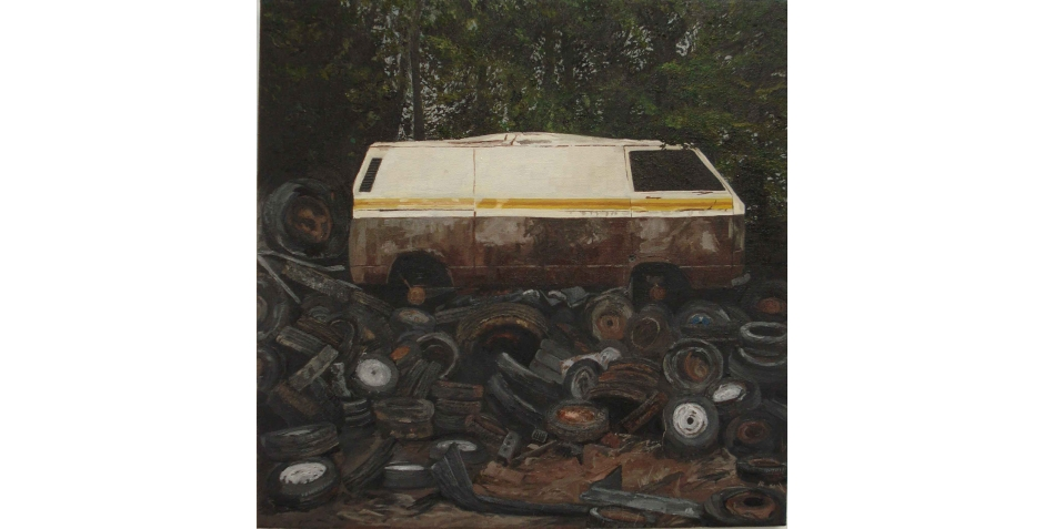 Web-Cains-Rebecca-Scrapped-van-on-piled-up-tyres.jpg