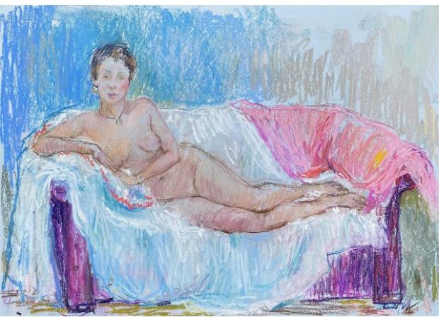 Ambrus-Glenys-Life-Model-On-Sofa.jpg