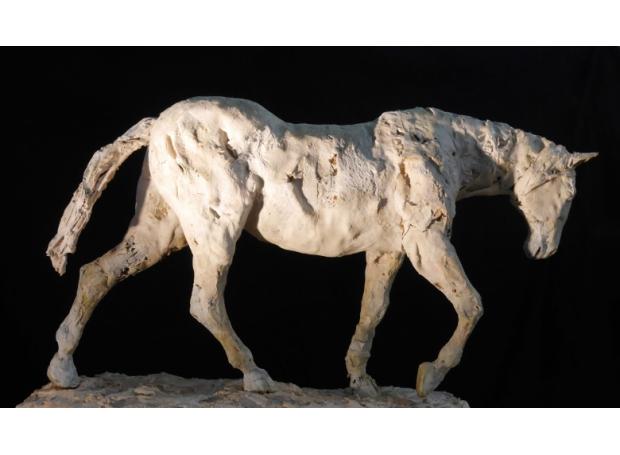 Robert-truscott-Retreating-horse-1.jpg