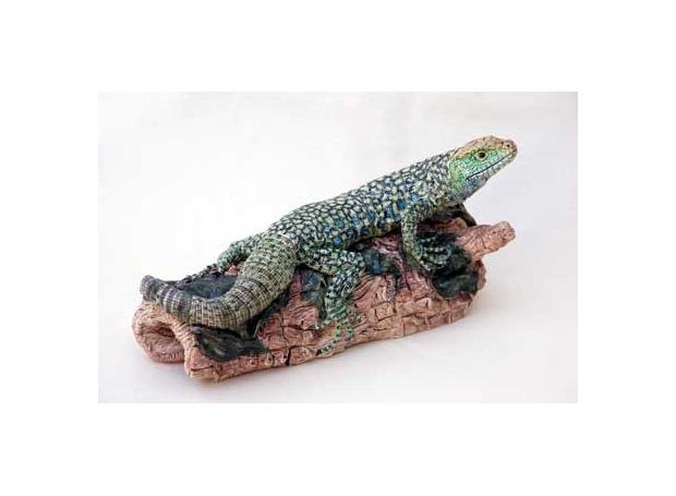 Moger-Jill-Eyed-lizard-on-a-log---stoneware---14x28cms---£800.jpg