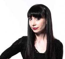 Anna McNay
