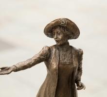 3.-Hazel-Reeves---Rise-Up-Women---Credit-Sue-Anders-Photography.jpg.jpg