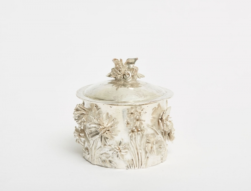 Frew-Hilary-Pot-and-Flowers-with-Lid.jpg