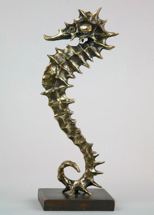 AndrzejSzymczykLady-Seahorse-gold-patina-version-1.jpg